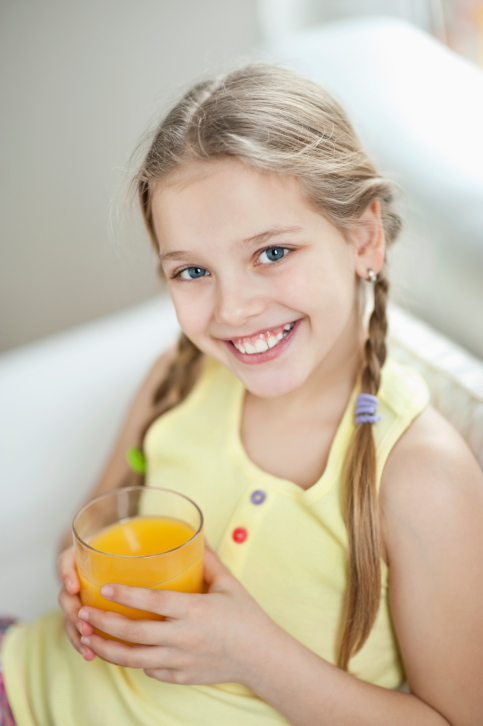 How to Get the Most Benefit Out of Vegetable Juice Without Tooth Damage